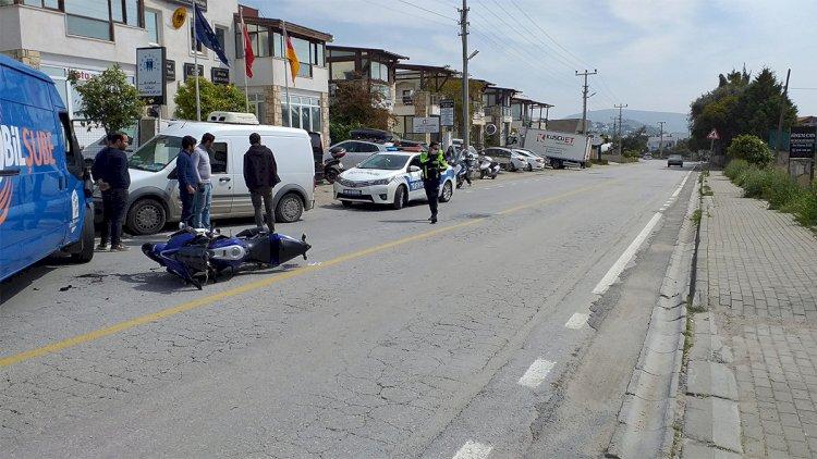 Minibüsle Motosiklet Çarpıştı!..