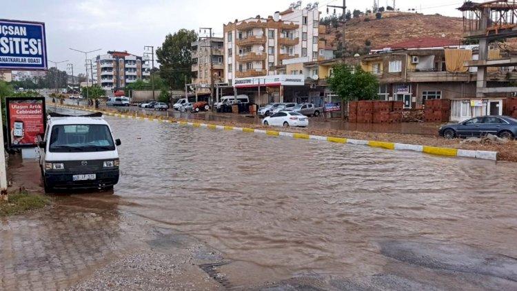 Milas'ta Kavşak Göle Döndü