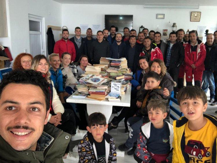 Turgutreis Muhtarlık Kütüphanesi'ne 370 Kitap Bağışlandı