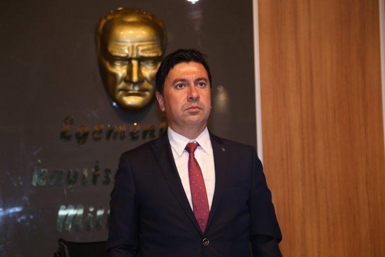 Ahmet Aras'dan Cesur Başlangıç
