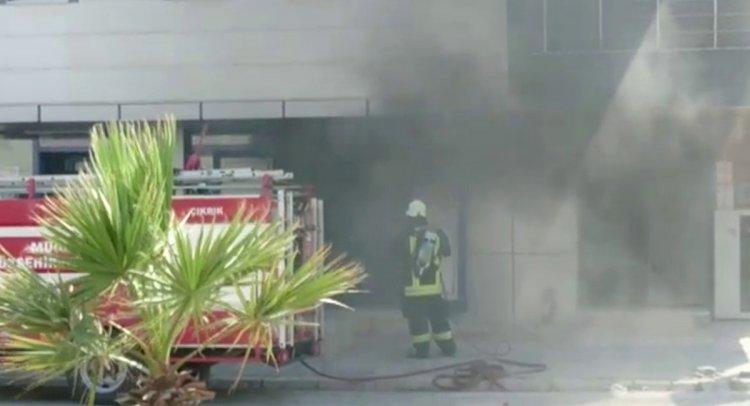 Süpermarkette Çıkan Yangın Korkuttu!