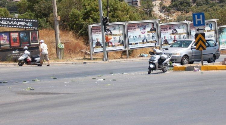 Otomobilin Çarptığı Motosikletli Yaralandı!