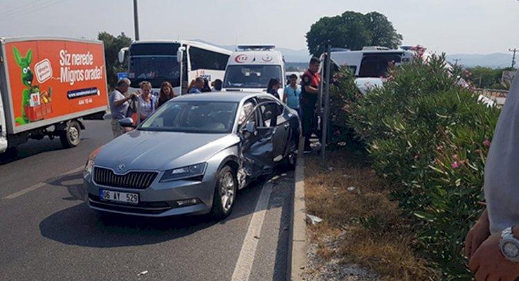 Baharlı Kavşağı'nda Kaza: 6 Yaralı!