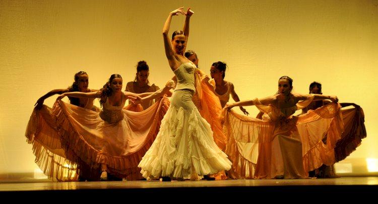 Festivalde Sıra Flamenko'nun