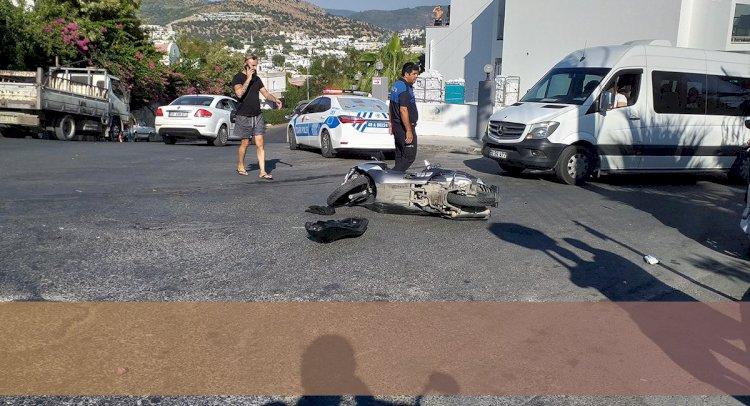 O Kavşakta Bir Kaza Daha: 2 Yaralı!