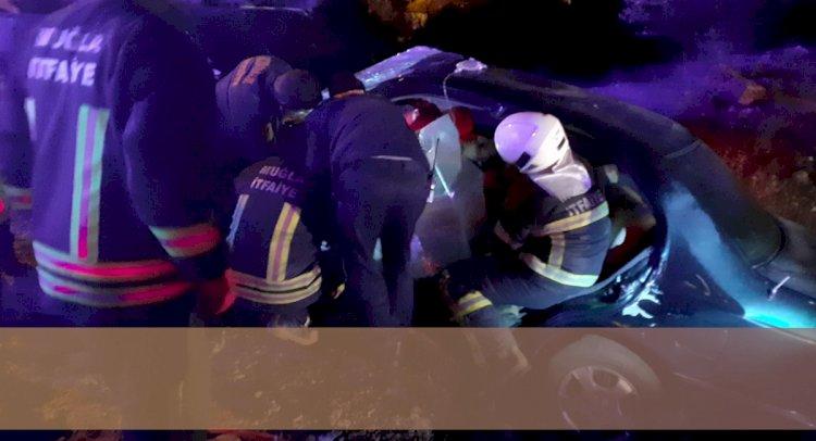 Otomobil Şarampole Devrildi: 2 Ölü, 3 Yaralı!