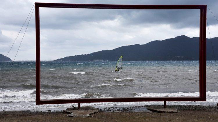 Adrenalin Tutkunlarının Sörf Keyfi
