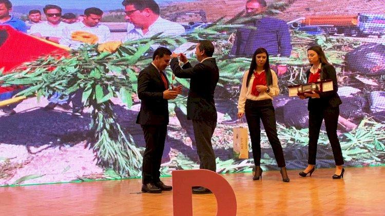 Aras'a Pozitif Başkan Ödülü