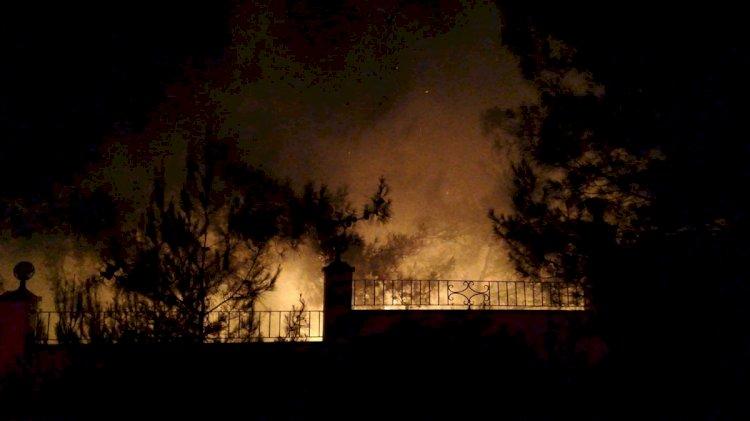 Otel Bahçesinde Yangın Paniği