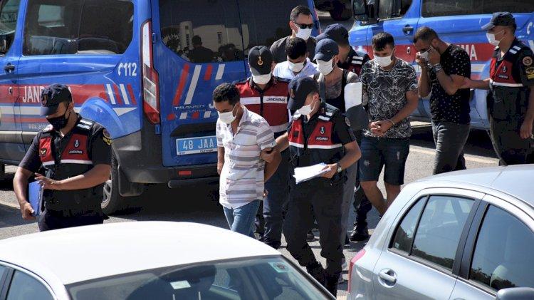 Bodrum'da Silahlı Kavga: 2 Yaralı!