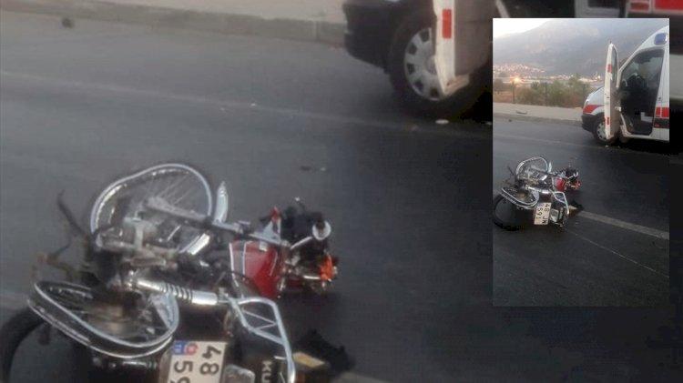 Ambulansla Çarpışan Motosikletin Sürücüsü Öldü!