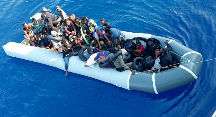 Yunanlılar İtiyor, Sahil Güvenlik Kurtarıyor