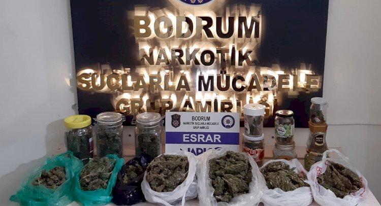 Bitez'de Eve Uyuşturucu Baskını!