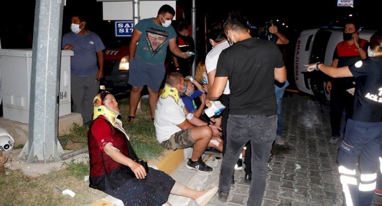 Ambulans Kazaya Karıştı; 6 Yaralı!