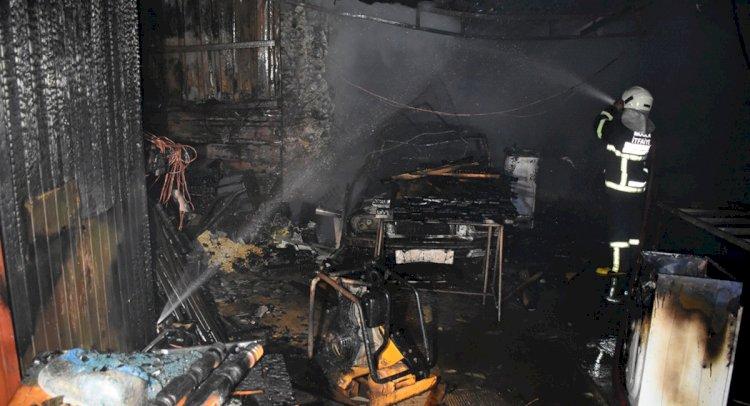 Evde Çıkan Yangın Garaja Sıçradı!