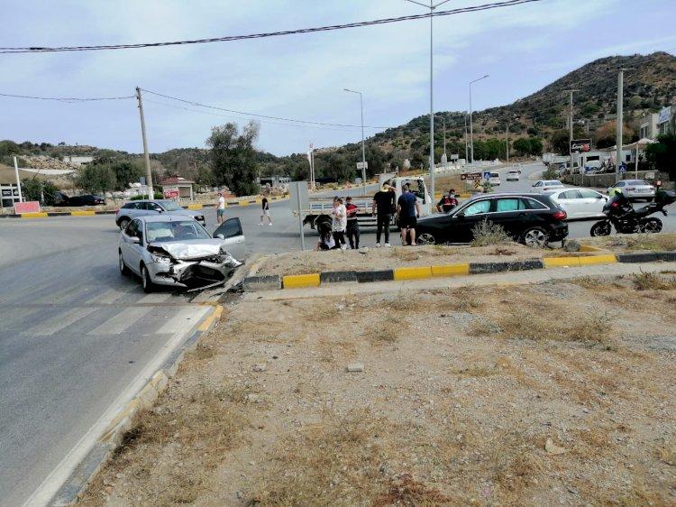 Dereköy Kavşağı'nda Yine Kaza; 2 Yaralı!