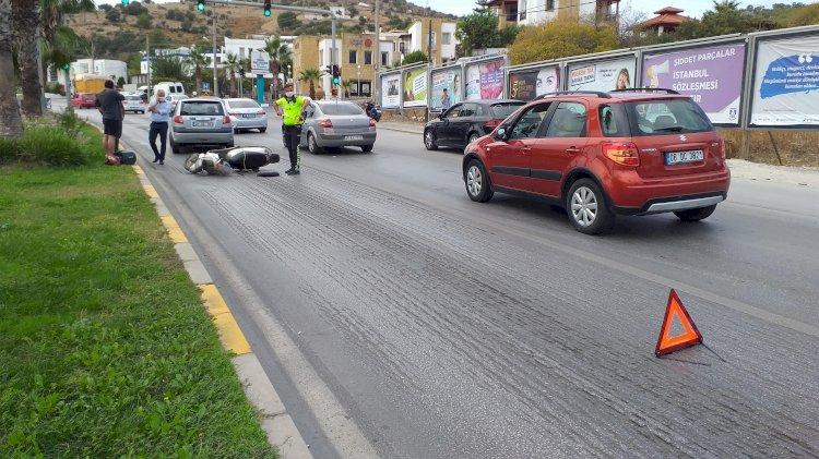 Şerit Değiştirip Otomobile Çarptı