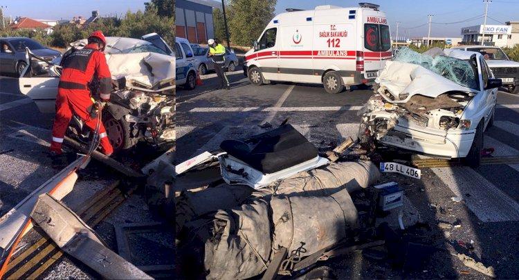 Otomobil TIR'a Çarptı: 1 Ölü, 3 Yaralı!