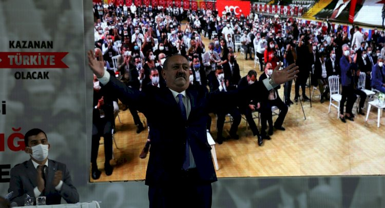 MHP'de Korkmaz Tekrar Seçildi...