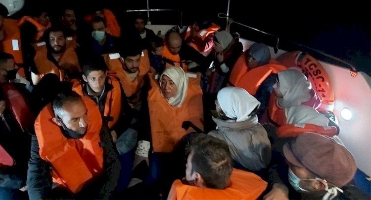 Geri İtilen 24 Göçmen Kurtarıldı!