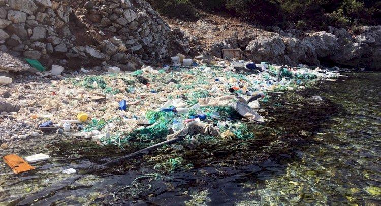 Adanın Koyları Çöple Doldu!..