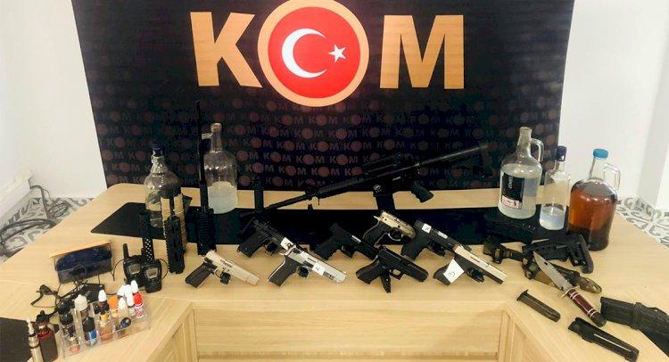 KOM'dan Silah Ve İçki Operasyonu