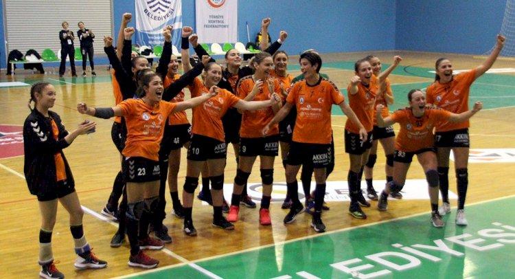 Denizin Kızları İlk Maçı Kazandı