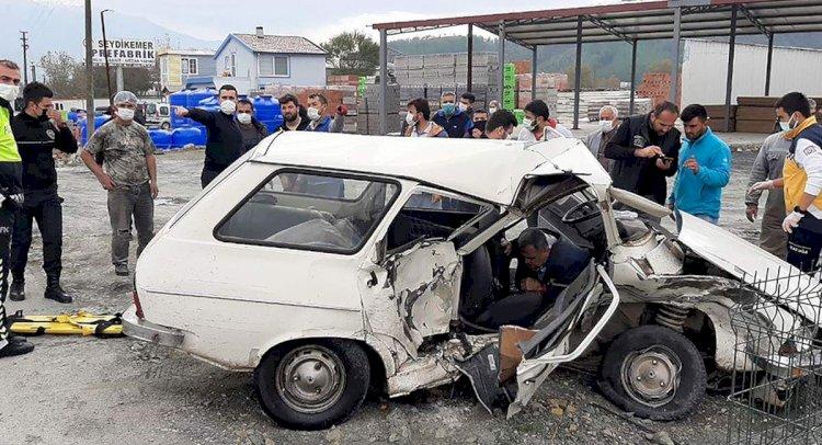 İki Otomobil Çarpıştı: 1 Ölü!..