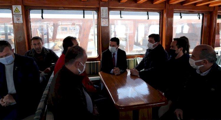 Başkan Aras, Teknecilerle Buluştu