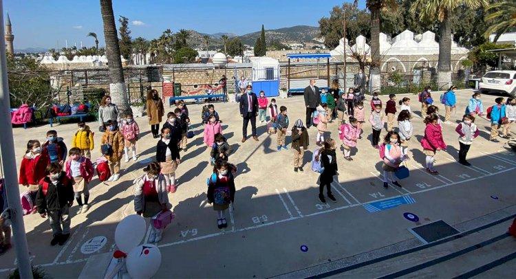 Okullar Öğrencilerine Kavuştu