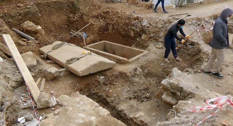 Kazılar Mahalleliyi Heyecanlandırdı