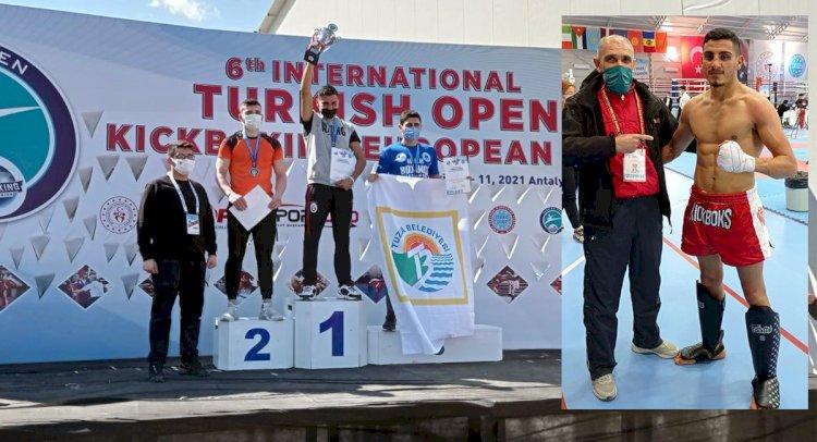 Kategorisinde Avrupa Şampiyonu Oldu